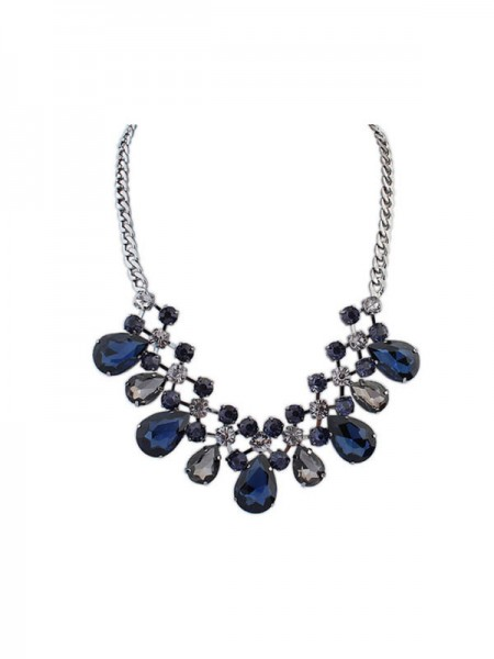 Occident Major Suit Celebrity Street Shooting Necklace
